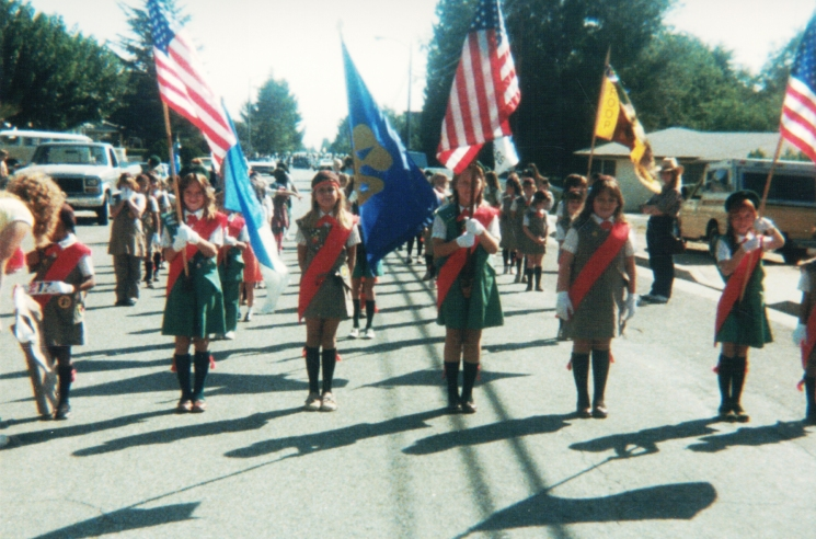 Juniors parade
